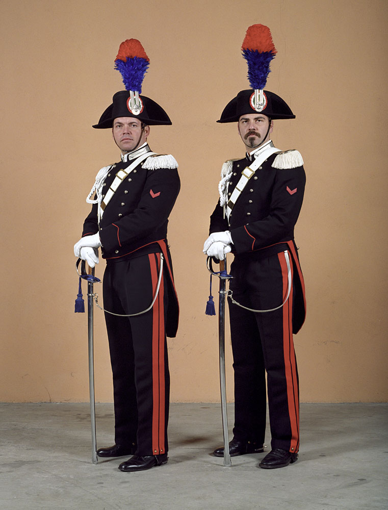 charles_freger_empire_2004_2007_0087_Italy_carabinieri