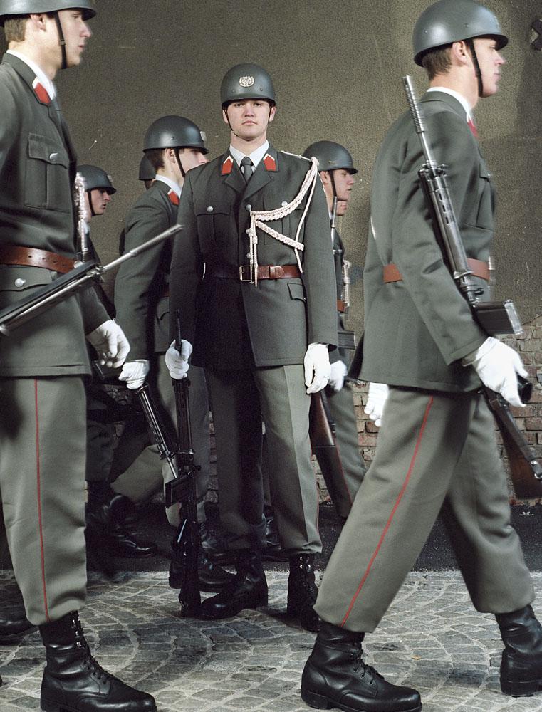 charles_freger_empire_2004_2007_0169_Austria_gardebataillon
