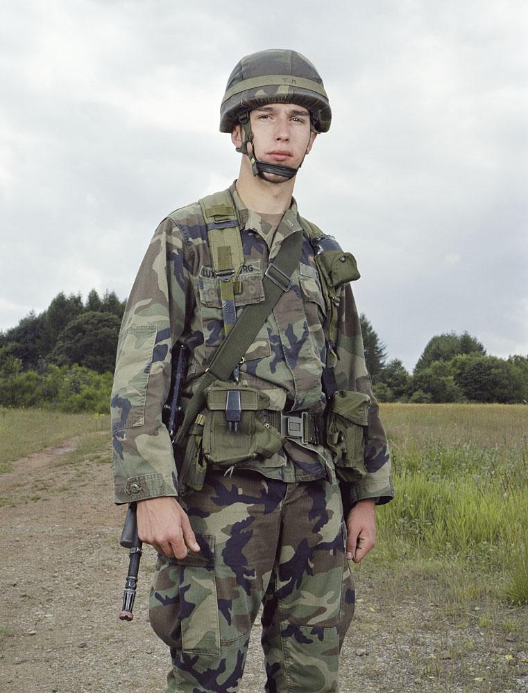 charles_freger_lux_2002_2005_soldats_006