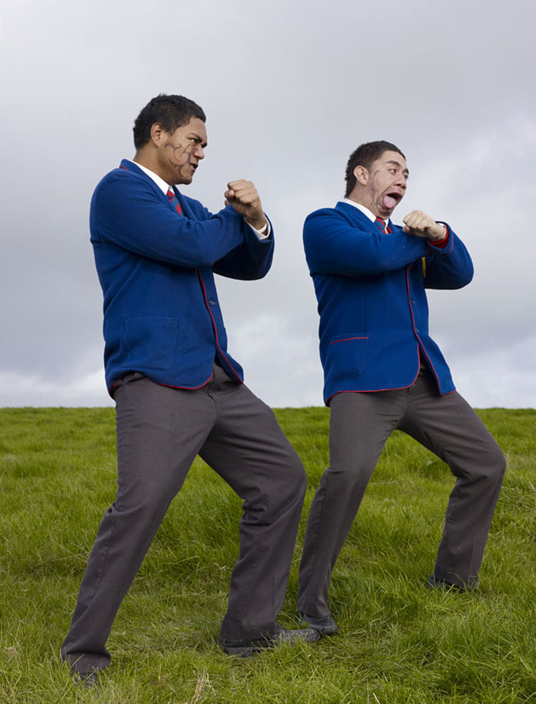 charles_freger_short_school_of_haka_2009_008