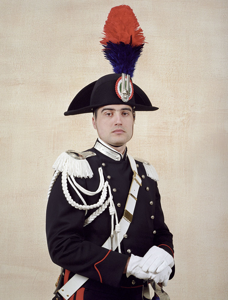 charles_freger_empire_2004_2007_0090_Italy_carabinieri